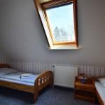 Kinderschlafzimmer, orange Ferienwohnung, Ferienhof Lührs, Schneverdingen, Lüneburger Heide
